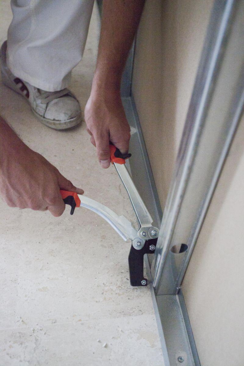 edma pince sertir tous types de rails et montants. Black Bedroom Furniture Sets. Home Design Ideas